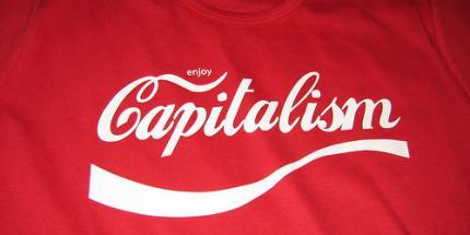 kapitalizmus v podobe Coca-Cola na tricku-Jacob Brtter.jpg