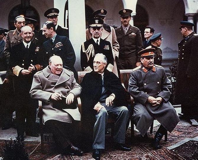 jaltska_konferencia_1945.jpg