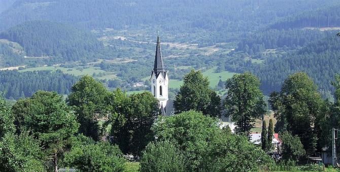 kostol_v_cernovej_2a.jpg