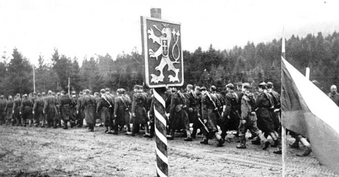 vha_jednotky_1._cs._armadneho_zboru_prechadzaju_cez_dukliansky_priesmyk_oktober_1944_-_843.jpg