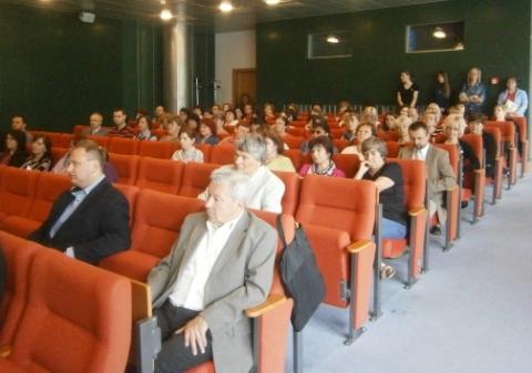 07_martin_jun_ucastnici_konferencie.jpg