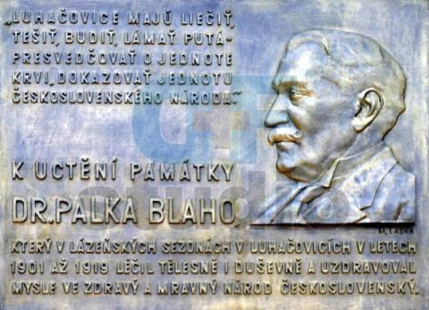 10_pamatna_tabula_v_luhacoviciach.jpg
