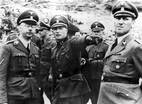 4_mauthausen_austria_himmler_and_kaltenbrunner_visiting_the_camp.jpg