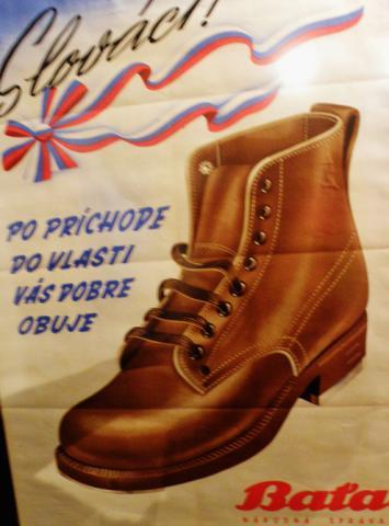 hrad_vystava_reklamy_bata_obuva_slovakov_495x670.jpg