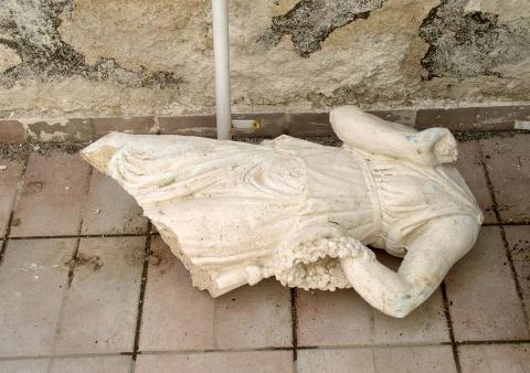 sculpture-broken-marble-antiquity-past-destroyed.jpg